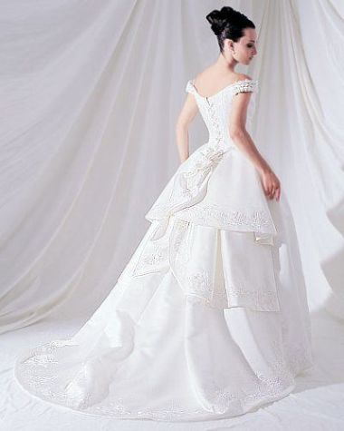 White romantic Wedding gown
